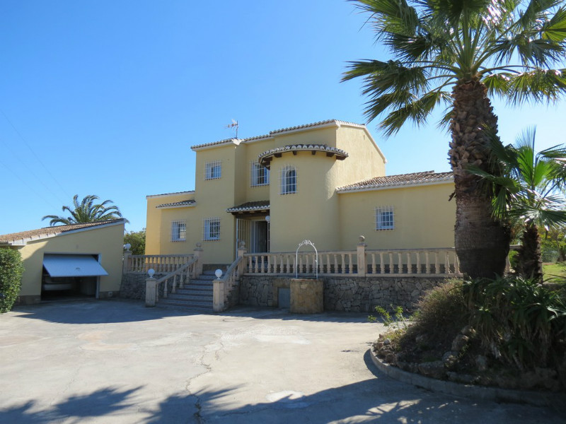 Villa for sale in Teulada