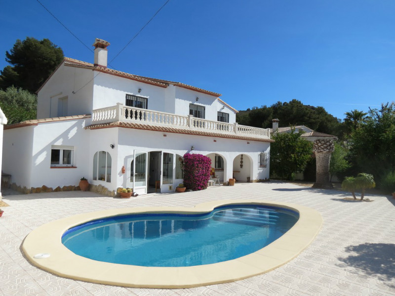 Villa for sale in El Portet