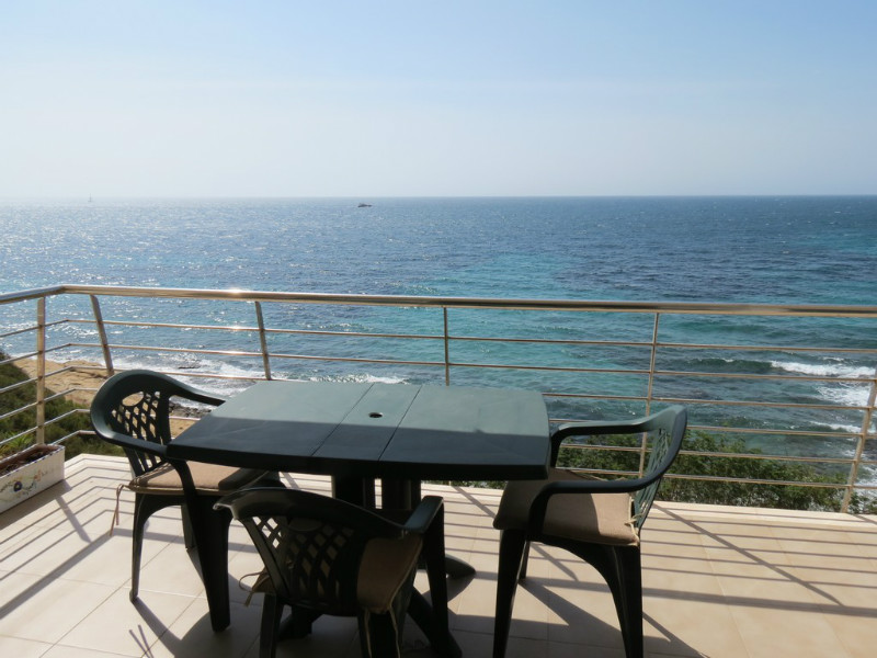 Front line apartment for sale in Moraira