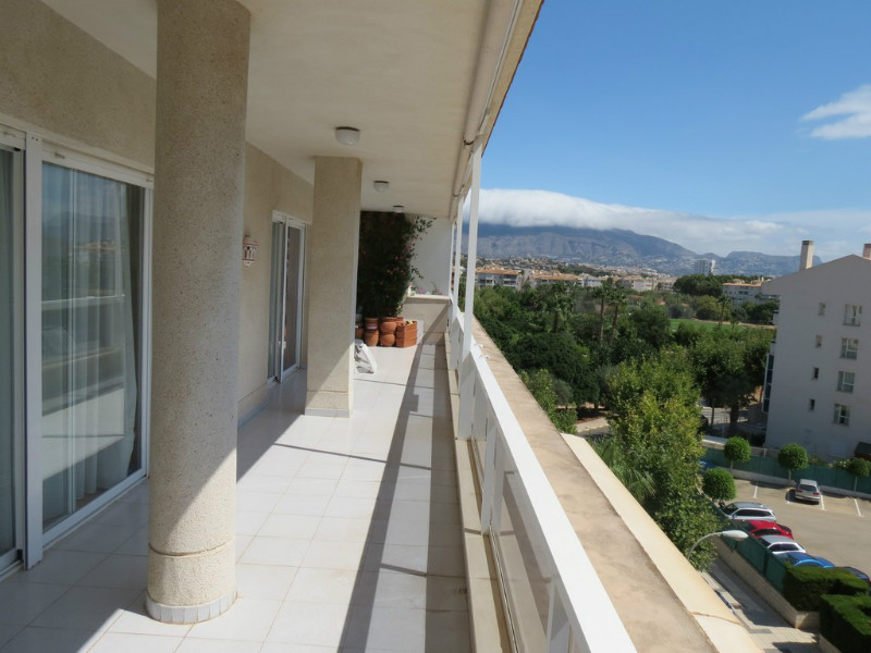 Penthouse apartment for sale in Albir - CB Property Sales