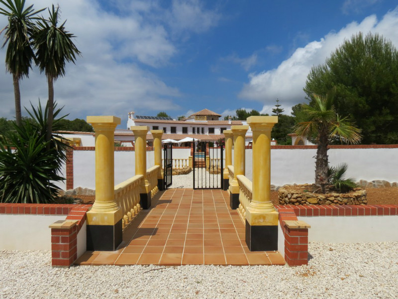 Finca For Sale in Lliber, Alicante