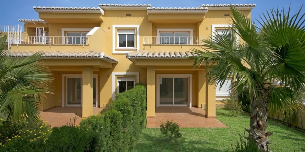 New build Villa in Cumbre Del Sol