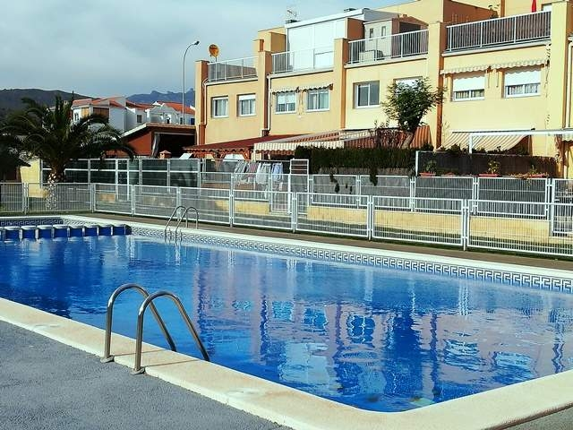 Townhouse / Terraced House For Sale in El campello, Alicante (Costa Blanca)