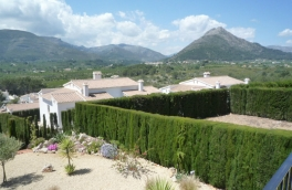 Bungalow For Sale in Murla, Alicante