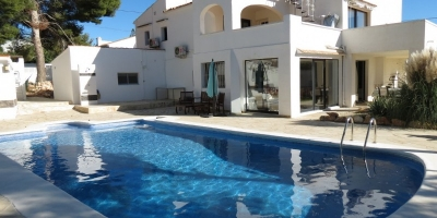 Villa in Carrio Alto