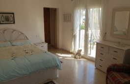 Villa For Sale in Pedreguer, Alicante