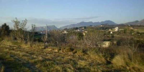 Land for building in Partida Berdica Blanca